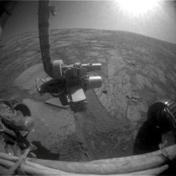 Wheels back on rock for Opportunity, sol 1,621