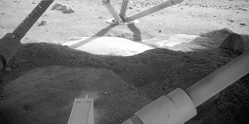 View under Phoenix at Holy Cow, sol 8