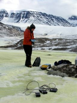Dahmnait Gleeson collects microbial samples