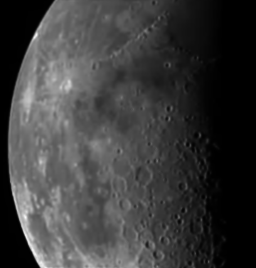 Deep Impact HRI image of the Moon