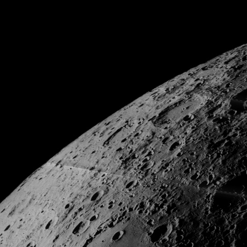 Lunar limb