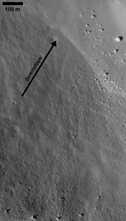 Bouncing boulder track on the Moon?