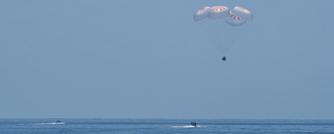 SpaceX Crew Dragon capsule nears splashdown