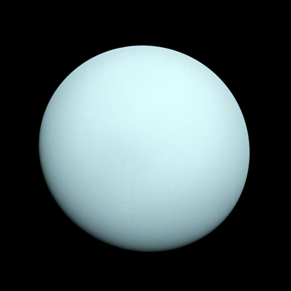 Uranus global image voyager 2