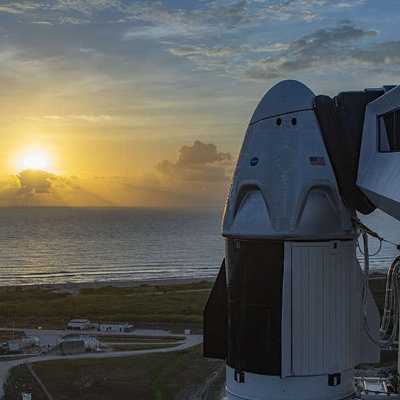 20200531 Crew Dragonat Sunrise