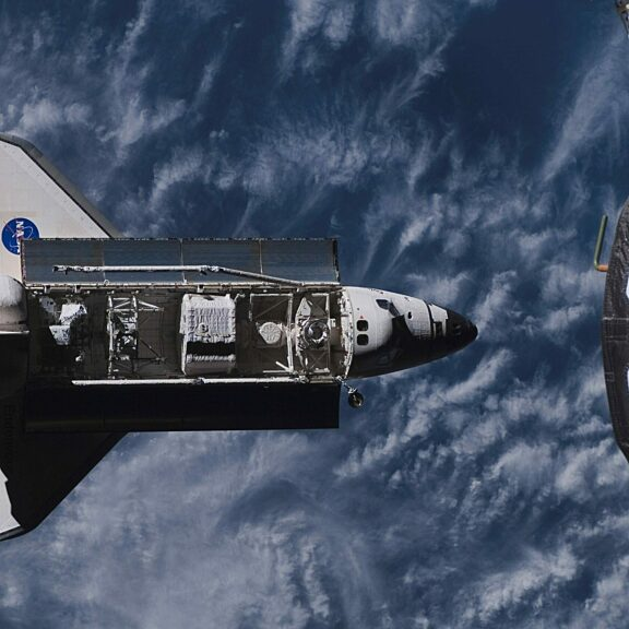 Endeavour approaches iss