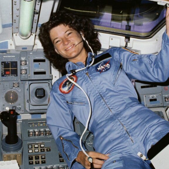 Sally ride sts 7