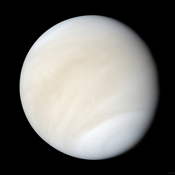 Venus in widescreen